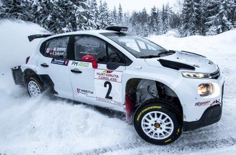 TESTET BIL: Torstein Eriksen og Mads Østberg kjørte inn til 2. plass i Rally Hadeland lørdag.