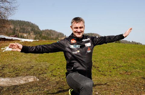 TILBAKE: Hoppsjef Clas Brede Bråthen under en pressekonferansen før Oberstdorf-VM tidligere i uka.