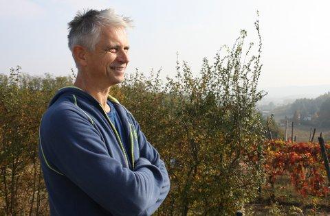 PIEMONTE: Roald Notø i vin- og reiselivsverksemda Cascina Desderi i Nordvest-Italia fortel om nedstengt samfunn, men håpar å kunne starte opp att til sommaren.
