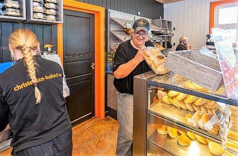 Tom Christensen bak Christensen Bakeri og Konditori har allerede utsalg på Gressvik, Hassingen og i sentrum. Nå tar det tradisjonsrike bakeriet, som har holdt det gående i 97 år, med seg bakevarene til Østsiden.