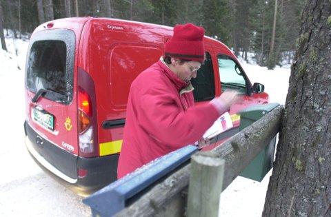 ENDRING: Posten vil ta færre turer rundt til postkassene.