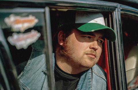 Kasper Antonsen som råner i den nye NRK-serien «Rånebank».