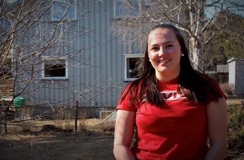 Stina Ulheim er en av mange ungdommer i norddalen som har brukt april til å sitte i karantene.