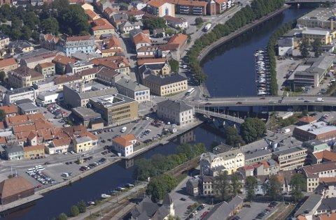 VANSKELIG DIAGNOSE: – Det virker som om det er om å gjøre å utvikle alle småbyer til å se større ut enn de er. Men det er ikke størrelsen som avgjør, skriver Ola Berglund i sitt leserbrev.