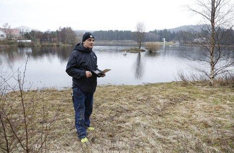 BRO: Svein Erik Indbjo (Frp) har hele tiden vært kritisk til gangvei sørvest i Skeisvatnet, som innebar å ta  privat eiendom mot grunneiers vilje. Nå har kommunen tapt i retten, og han er kritisk til hvordan kommunen har gått fram i denne saken.