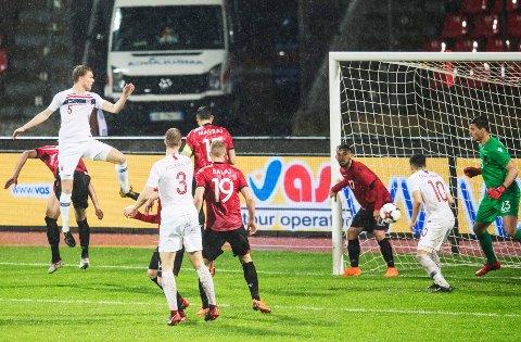 0-1: Sigurd Rosted har scorer mot Albania på Elbasan Arena. Foto: Vidar Ruud / NTB scanpix