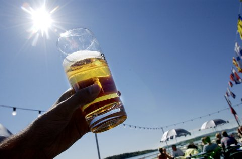 Produksjonen av kullsyre har startet opp igjen i Norge og bryggeriene kan igjen produsere for fullt. Foto: Thomas Bjørnflaten / NTB scanpix
