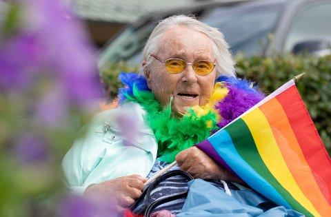 Haugesund 04082018  Haugaland Pride Bodil Nærum Grinde (91) tok taxi for å se på Pride