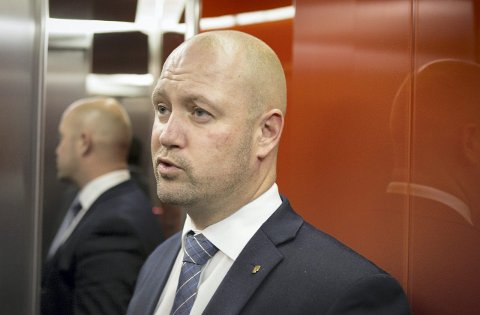 PRESS: Venstre vil legge press på justisminister Anders Anundsen (Frp).
