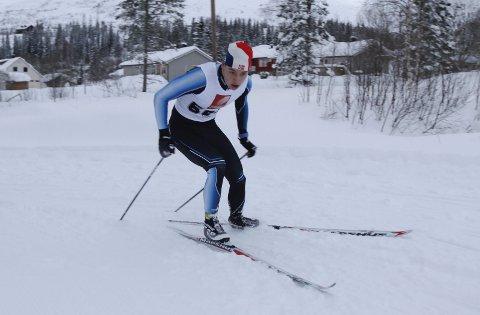 LADET OPP: Jesper ladet opp til norgescupen med Romjulsrennet på Granmoen. Foto: Per Vikan