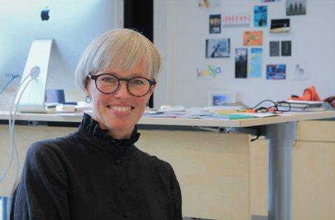 FANTASTISK: Susanne Næss Nielsen (49) gleder seg stort over at Regjeringen øker tilskuddet til dansekunst i Finnmark.