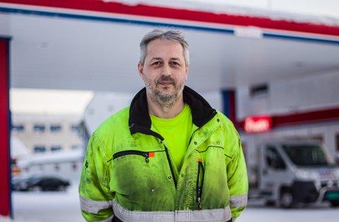 SER MULIGHETER: Den nye eieren av Tollbugata 3, Karl Magnus Sagen forteller at han ser flere muligheter til å utvikle bensinstasjonen.