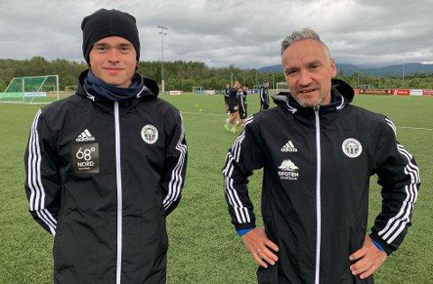 SPILLER MOT TIL LØRDAG: Kristian Lysvik (t.v) og Arild Heitmann på trening i Skånland.