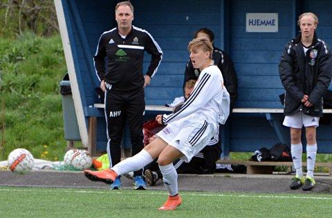 Marius Kolstad og AHFK møter FUVO i viktig 3. divisjonskamp i kveld.