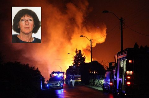TAKKER: Inger Haug er rørt og takknemlig etter at brannvesenet reddet hjemmet hennes.