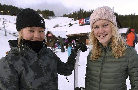 SKADET: Andrea Kristiansen Rue (t.v.) og Tina Steffensen har ikke fått den sesongoppkjøringen de hadde håpet på.