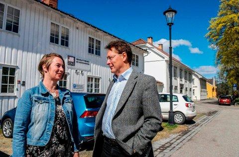 NYOPPSTARTET: Jobzone satser i Kongsberg. Bente Kongsgård blir avdelingsleder, mens Glenn Hovde er daglig leder for Jobzone Hønefoss og Kongsberg. Foto: Tonhild S. Strand