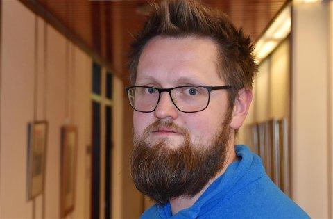 Øystein Tollåli inngår i et team på tre personer som utgjør kommunelegeteamet i Vestvågøy kommune.