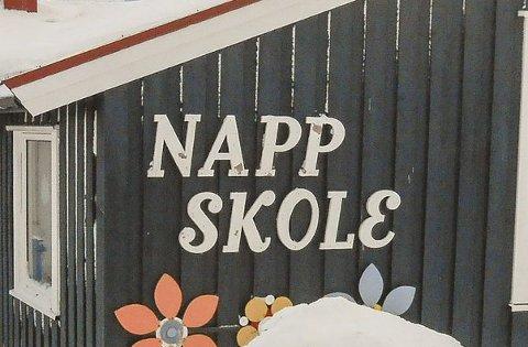 Inneklimaet ved Napp skole gir ikke grunn til alarm, men kan sirkes med enkle grep, betrygger rådmannen i Flakstad.