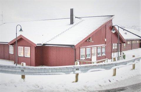 Denne uken ventes to hetteglass med vaksine til som skal gå til de som fortsatt ikke har blitt vaksinert på Solhøgda bo- og behandlingssenter.