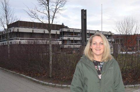 STILLING LEDIG: Kommunalsjef med ansvar for organisasjon og personal, Isabella Collet Sikel, har sagt opp, og stillingen hennes blir stående ubesatt.