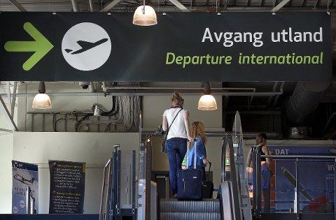 - Vi kan bare konstatere at eierne ikke har fått noen lett reise i forsøke på å etablere en konkurransedyktig privateid flyplass.
