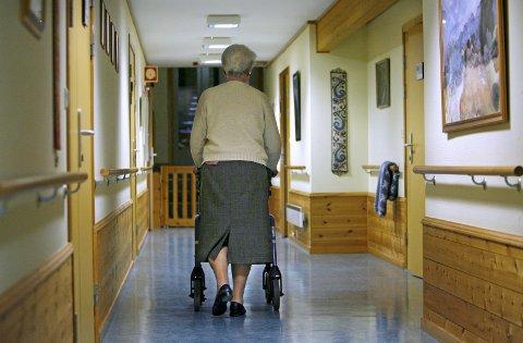 Flere eldre: – Vi er også bekymret over at Moss kommune ikke tar innover seg hvor raskt eldrebølgen kommer til å komme, skriver lege Lorentz Nitter, medlem av partiet Ny Kurs.