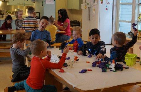 HYGGE: Barna i Melløsparken barnehage trives. Det viser tall fra Utdanningsdirektoratets foreldreundersøkelse.