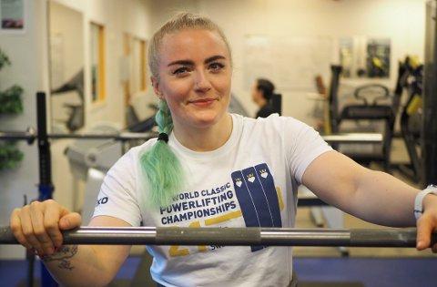 Marte Kjenner (32) har lenge skjønt at styrkeløft var det hun ville gjøre