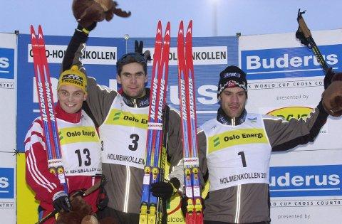 DEN GANG DA: Dette bildet ble tatt 7. mars 2001. Toralf Heimdal (t.v.) ble da slått av Thomas Alsgaard og kom på andreplass i sprint klassisk stil for menn i verdenscupavslutningen i Holmenkollen. Nå kan han altså bli ordfører i Bardu. Jan Jakob Verdenius (t.v.) ble forøvrig nummer 3.