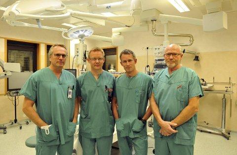 TILHENGERE: Gjøvik-legene Dag Frode Kjernlie (t.v.), Mathias Fjeldly, Lars Olav Fjose og Tore Dahlberg er tilhengere av et hovedsykehus. (Arkivbilde)