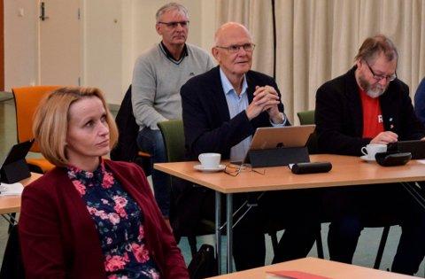 En kan jo lure på hvorfor de sterke kompetansemiljøene våre ikke er trukket fram i en bioøkonomistrategi for Innlandet, sa Østre Toten-ordfører Guri Bråthen. - Det framstår som hensikten er å ivareta en bestemt interesse, sa Gjøvik-ordfører Bjørn Iddberg.