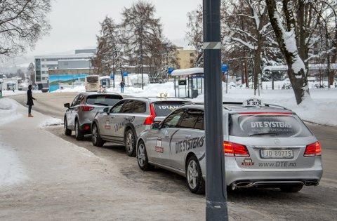 KONKURRANSE PÅ HOLDEPLASSEN? Ferder Taxi snuser på Mjøsregionen og synes at Gjøvik er en spennenende by å etablere seg i.