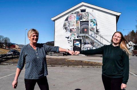 TAR OVER: Anette Bergum Gillerhaugen (29) skal lede Ungdommens hus i Søndre Land mens Lise Sørhagen Haugen (53) skal være ungdomslos.