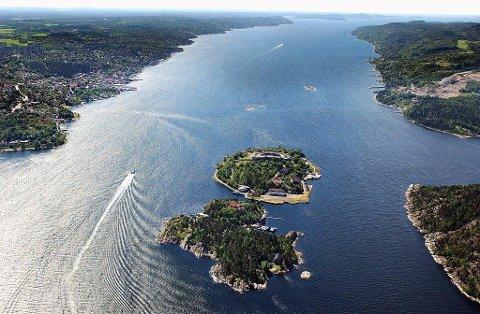 MILJØPLAN: Stortinget har vedtatt å lage en helhetlig plan for Oslofjorden for å sikre biologisk mangfold, hindre marin forsøpling og forurensing og samtidig legge til rette for bruk av fjorden til rekreasjon, nå og for fremtiden.