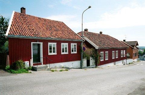 Den interessante eiendommen, Øvre Damsbakken 2, ble tildelt Larvik kommunes restaureringspris i 1986.