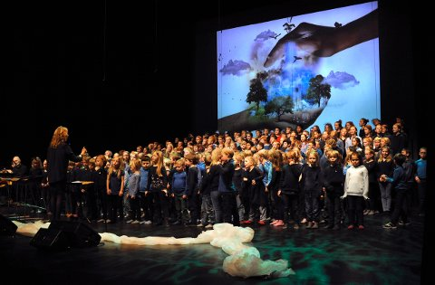 ENTUSIASME: Engasjement og entusiasme fra Jordet skole under stødig ledelse av Randi Anvik
