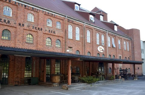 HISTORIE: Løiten Brænderi regnes for et industrielt kulturminne. (Foto: Merete N. Netteland)