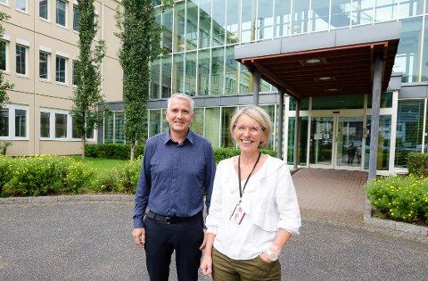 Seksjonsleder for dokumentsenteret, Audun Strand, og direktør for NAV Økonomi stønad, Silja Ildgruben, forteller at den store stabutvidelsen vil være svært positivt for Rana.