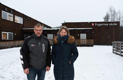 Står samlet: FAU-erne Ole Grønvold og Elin Baardseth har fått ny giv og ekstra pågangsmot i kampen for å bevare Fagernes skole i Næroset.