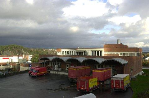 Slik så Postgården ut «før i tiden». Nå blir det treningssenter her.