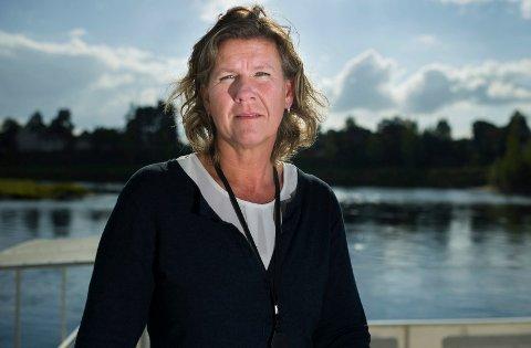 TILLIT: Hilde Brørby Fivelsdal har tillit til at Jevnaker skole tar tak i høye mobbetall slik at de blir lavere i neste elevundersøkelse.