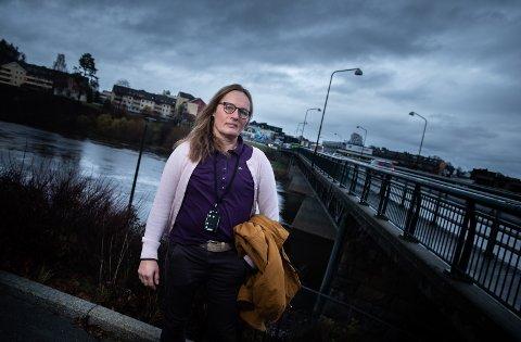 LITT Å GÅ PÅ: Kommuneoverlege i Ringerike, Karin Møller, ber om at vi skjerper oss på avstand og håndhygiene.