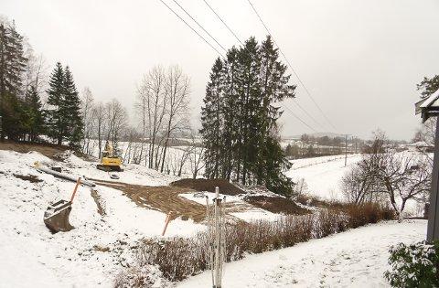 TRE ENEBOLIGER: Det planlegges å bygge tre eneboliger i Rudshagen.