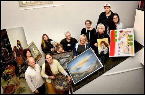 Utstillingsklare: her er noen av utstillerne som deltar under Novemberutstillingen i A-porten kunsthus, som åpner lørdag 4. november.