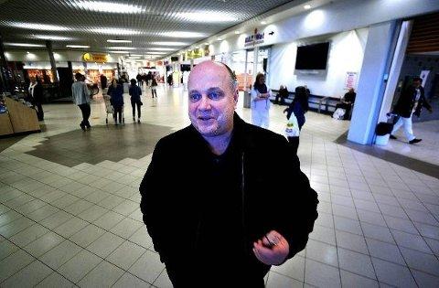 KONGEN AV HARRYHANDEL: Ståle Løvheim er senterleder ved det største kjøpesenteret langs svenskegrensa, Nordby på Svinesund.