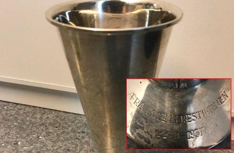 MYSTISK: Denne pokalen ble funnet hos en kjenning av politiet i Indre Østfold. De aner ikke hvor den stammer fra.
