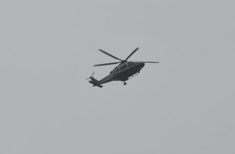Helikopteret ble satt inn i søket like før 0800 tirsdag morgen.