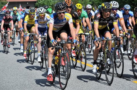 MANGE SYKLISTER: Lørdag skal rundt 200 syklister sykle gjennom Strand og Hjelmeland. Det fører til en del stengte veier gjennom dagen. (Arkivfoto)