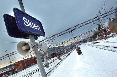 Nå blir det to verkstedseiere ved Skien stasjon på Nylende.